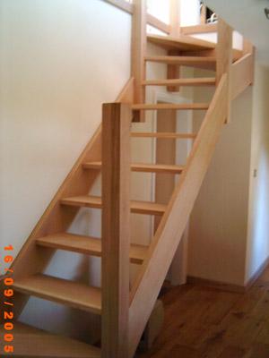 Как сделать перила для лестницы своими руками видео из дерева фото